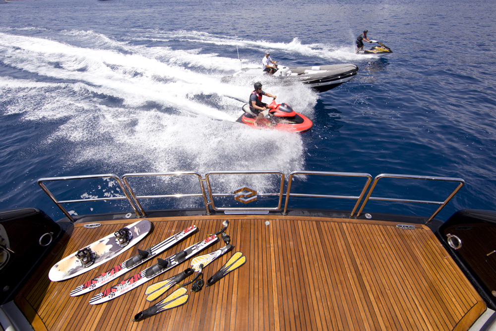 Luxury Yacht Charter My Silver Dream Water Toys Dubois