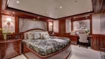 MY SOVEREIGN 55 - Starboard VIP cabin