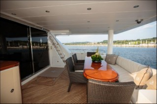 MY STERLING V - Aft deck