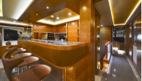 Majesty 135 superyacht - Upper Deck Bar Counter