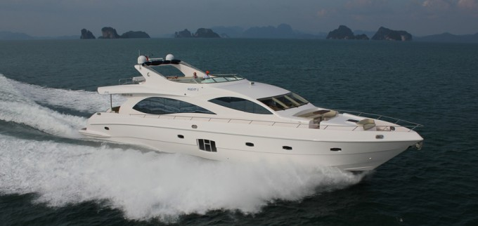 Motor Yacht Majesty 88
