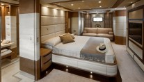 Master Suite on the superyacht Lady Jane