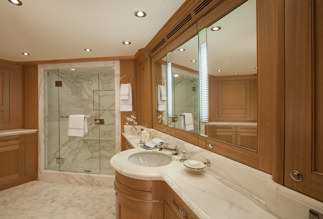 Yacht bathroom design home decoration live Small yacht bathroom design