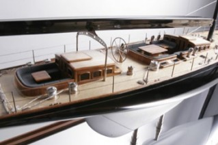 Model of the J-class yacht Lionheart.png