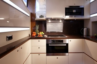 Moone 82 Alu superyacht My Way Galley-001