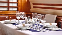 Motor Yacht AMOR - Dining detail