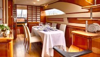 Motor Yacht AMOR - Formal dining