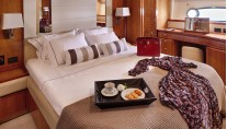 Motor Yacht AMOR - Master suite
