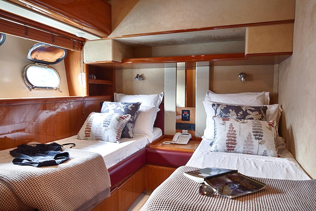 Motor Yacht AMOR - Twin cabin 2