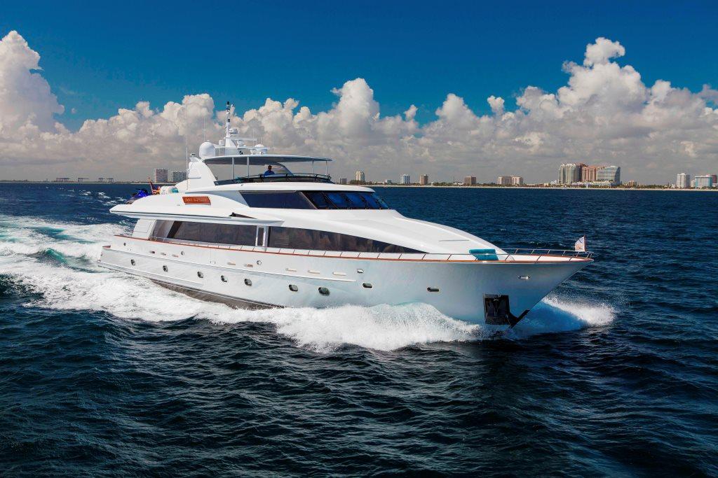 Ocean Club Yacht Charter Details Sovereign Charterworld