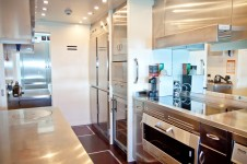 Motor Yacht BEACHOUSE - Galley