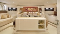 Motor Yacht CHARISMA -  Master bed