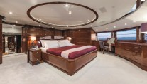 Motor Yacht CHECKMATE. -  Master Stateroom