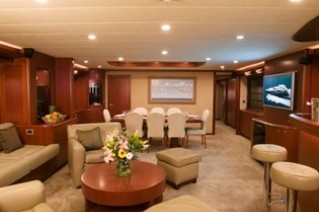 Motor Yacht CLARITY - Salon