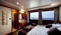 Motor Yacht DUKE OF YORK - Double cabin main deck