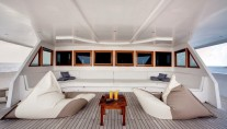 Motor Yacht DUKE OF YORK - Foredeck lounge