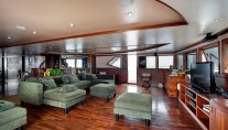 Motor Yacht DUKE OF YORK - Salon b