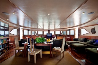 Motor Yacht DUKE OF YORK - Salon