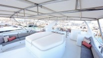Motor Yacht DXB - Sundeck view