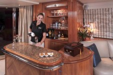 Motor Yacht GRAND BAROSSA - Service with a smile
