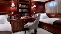 Motor Yacht HAMPSHIRE - Twin Stateroom