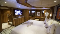 Motor Yacht IL CAPO - Master view