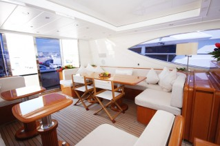 Motor Yacht LADY SPLASH - Upper salon.JPG