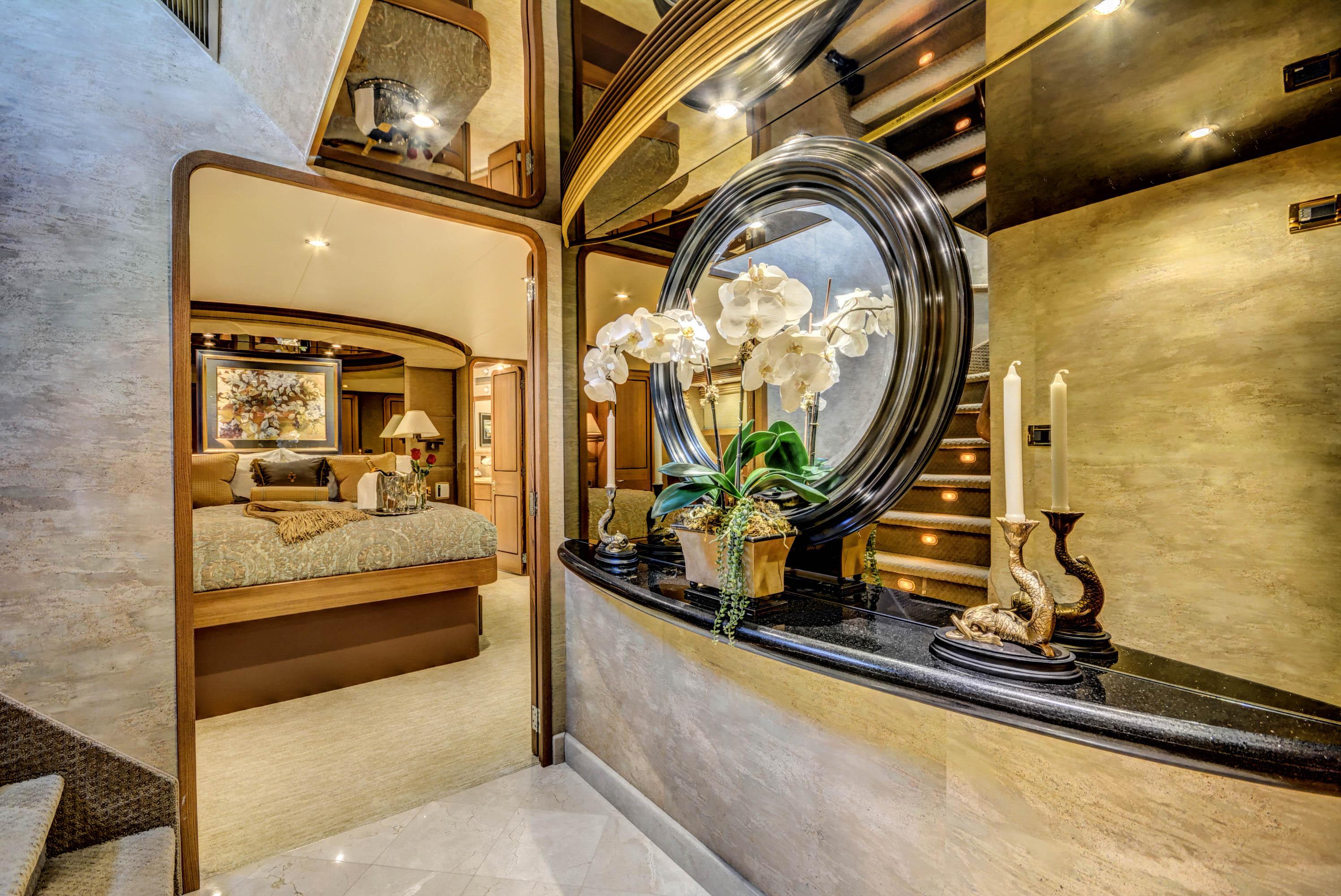 Foyer Luxury Yachts : Motor yacht lady z guest cabin foyer luxury