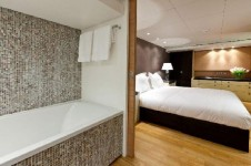 Motor Yacht LARS -  Master Cabin and Bathroom