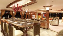 Motor Yacht Lady Linda dining salon