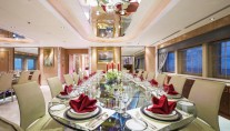 Motor Yacht MOONLIGHT II - Formal dining