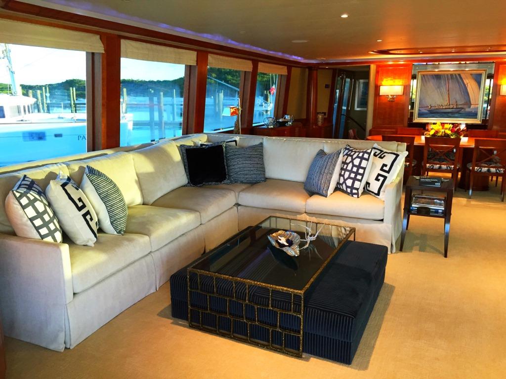 Motor Yacht OASIS - Salon