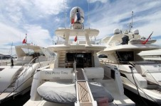 Motor Yacht ONE MORE TIME - Stern view