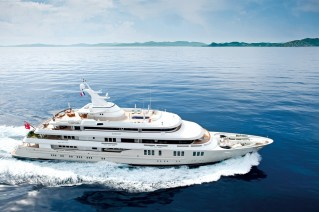 Motor Yacht Reborn - Underway at Sea