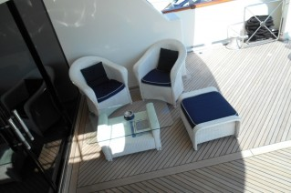 Motor Yacht SEA WISH -  Aft deck lounging
