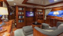 Motor Yacht SELULA -  Main Salon Entertainment