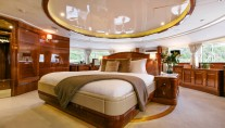 Motor Yacht SOVEREIGN - Master suite