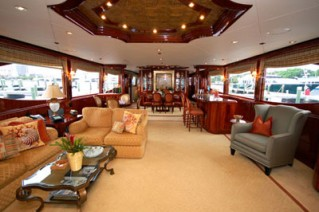 Motor Yacht Secret Spot -  Main Salon