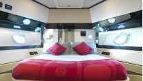 Motor Yacht Stinray M -  Double Cabin