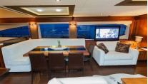 Motor Yacht THE BEST WAY - Dining and salon entertainment