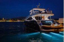Motor Yacht THE BEST WAY - Transom at night