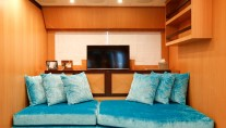 Motor Yacht THE OFFICE - Lower salon and TV