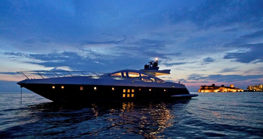 Yachts At Night THEA MALTA - Mo...
