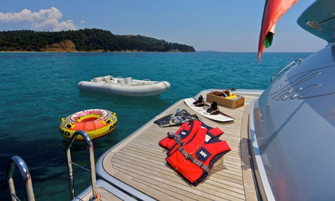 Motor Yacht THEA -  Swim Platform and Toys