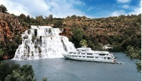 Motor Yacht True North  Waterfall