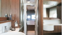 Motor yacht ANYTHING GOES IV - Ensuite