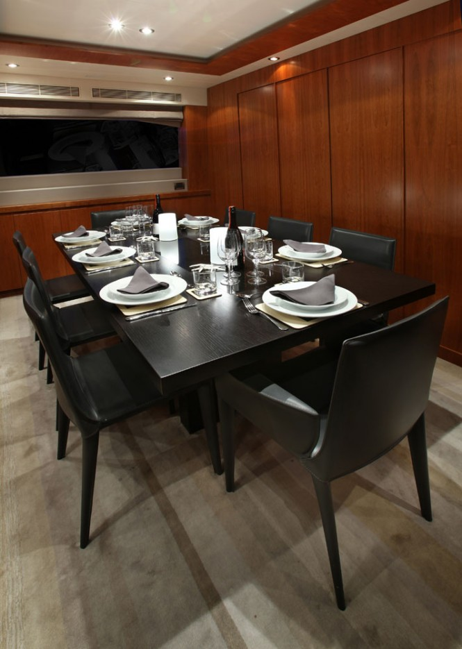 Motor yacht AQUARIUS - Dining