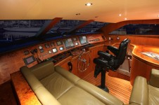 Motor yacht AQUARIUS - Helm
