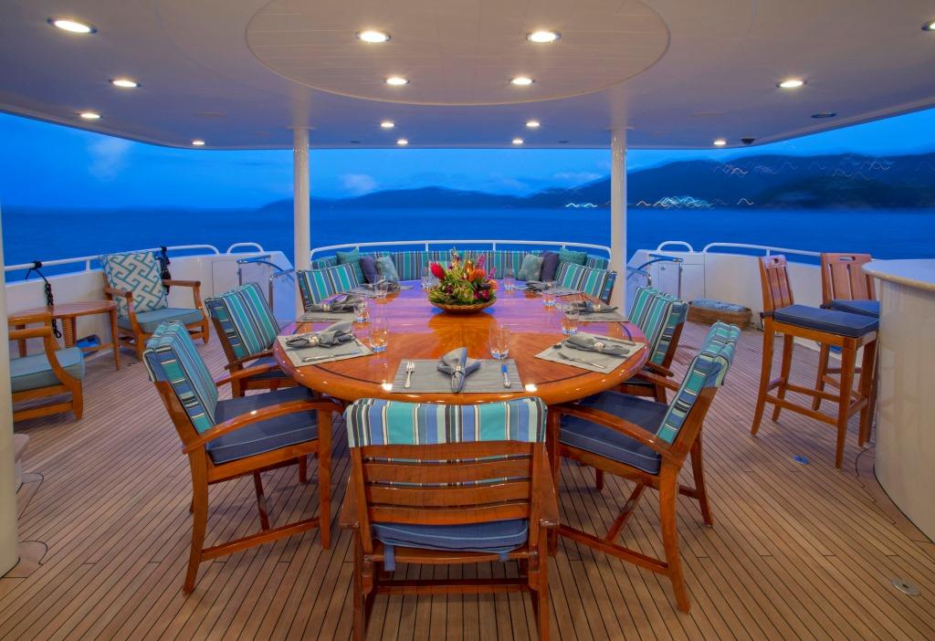 Motor yacht ARIOSO - Alfresco dining