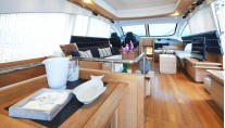 Motor yacht ARWEN - Salon view forward